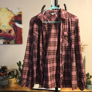Maurice's flannel top!
